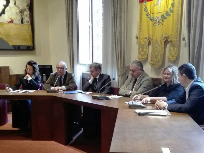 vernaccia-san-gimignano-firma-protocollo